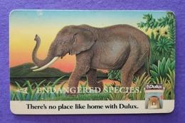 Singapore Old Phonecard Singtel Endangered Species Elephant Used - Jungle