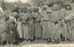 SCENES ET TYPES Femmes Bédouines Devant Leur Gourbi EV - Vrouwen