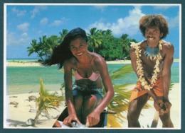 Polynésie Française - Il Fait Bon Vivre Dans Les îles Des TUAMOTU - Polynésie Française