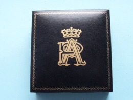 ALBERT & PAOLA / AP > ALASIA BORGHESE ( Net Weight 144 Gram ) See Photo ! - Royal / Of Nobility