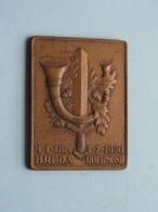 9.1.1814 BREDA - 1.7.1950 ROERMOND // Aangeboden Door C.R.L.J. Kapitein L. Jans 6 Juni 1957 ( 56,5 Gram ) Zie Foto's ! - Militaria