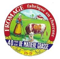 ETIQUETTE De FROMAGE.CAMEMBERT Fabriqué En CHARENTE (16) - Käse