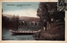 Thematiques 12 Aveyron Entraygues Sur Truyères Les Rives De La Truyères Et Le Port Barque - Autres Communes