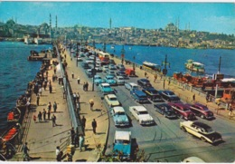 ANCIENNE AUTOMOBILE - ISTAMBUL TURQUIE TURKIYE -PONT DE GALATA - Passenger Cars