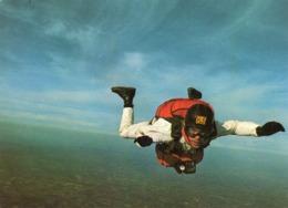 PARACHUTISME....CHUTE LIBRE - Parachutting