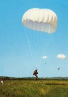 PARACHUTISME... - Paracaidismo