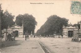 78 Maisons Laffitte Entrée Du Parc Cpa Carte Animée Edit Milville - Maisons-Laffitte