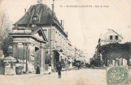 78 Maisons Laffitte Rue De Paris Pharmacie Cpa Carte Animée , Voir état Ci Dessous - Maisons-Laffitte