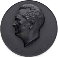 Medaillen Deutschland - Personen: HERMANN GÖRING; 1943, Schwarze Eisenmedaille Mit Kopfbild Hermann - Deutschland