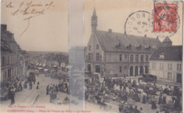 CPA  CLERMONT MARCHE PLACE DE L'HÔTEL DE VILLE - Clermont