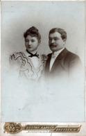 Grand Tirage CDV - Photo Albuminé Original Cartonné Portrait D'un Couple De Dreden Par Gustav Karsch - Moustache 1890' - Photographs