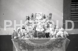 1965 CHRISTMAS TOYS JOUETS BRINQUEDOS PORTUGAL AMATEUR 35mm ORIGINAL NEGATIVE Not PHOTO No FOTO - Photography
