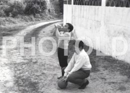 1961 BOYS BALL PORTUGAL AMATEUR 35mm ORIGINAL NEGATIVE Not PHOTO No FOTO - Photography