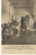 Congo Belge Le Ministre Des Colonies Visitant Une école D'enfants Indigènes  (2309) - Congo Belge - Autres