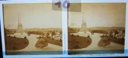 REMIREMONT, Le Monument Aux Morts. Plaque De Verre Stéréoscopique Positif - Glass Slides