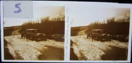 Vosges, Route Des Crêtes, Mai 1927 : Voiture Bloquée Par La Neige. Plaque De Verre Stéréoscopique Positif - Diapositiva Su Vetro