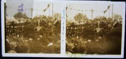 SAINT DIE : Messe Au Stade, Vers 1927. Plaque De Verre Stéréoscopique Positif - Glass Slides
