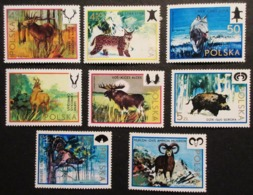 POLOGNE ANIMAUX CHASSE GIBIER 8 TIMBRES NEUFS TRACES CHARNIERES - Gibier