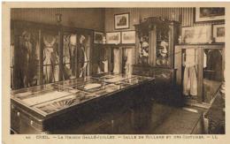 CC- CPA -60 - CREIL - La Maison Gallé-Juillet - Salle De Billard Et Des Costumes - - Creil