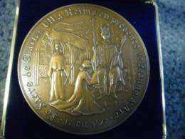 GROSSE MEDAILLE SACRE De CHARLES VII à REIMS En 1429 - ROI DE FRANCE Jeanne D'Arc - 70 Mm Pour 159 Gr.  Bronze - France