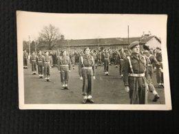 Carte Postale Ancienne Photographie Troupe De Soldats - Casernes