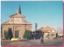 59 - VIEUX CONDE---L'Eglise Saint Martin----Citroen 2 CV-- - Passenger Cars
