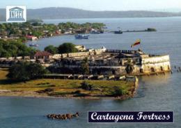 1 AK Kolumbien * Blick Auf Die Festung Der Stadt Cartagena - Luftbildaufnahme - Seit 1984 UNESCO Weltkulturerbe * - Colombie