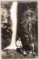 THU121 Localisable Cascade 2 Poilus Loisir Carte-Photo GUERRE 1914-18 Arrière Front Probable Forêt VOSGES ALSACE CpaWW1 - France