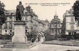 CP 78 Yvelines Versailles Square Hoche Et La Statue Du Général 101 AP - Versailles