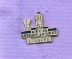 RARE PINS VILLE DE LOUVRES VAL D'OISE K434 - Cities