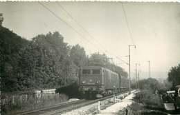 231019B - PHOTO D BREHERET Chemin De Fer Gare Train - Années 1950 Locomotive 668? -20003 SNCF - Stations - Met Treinen