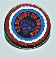 Rare Pin's Insigne Le Bleuet De France - 1914-18