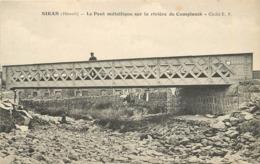 SIRAN - Le Pont Métallique Sur La Rivière De Camplomb. - France