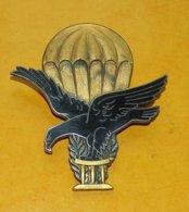TOGO, Brevet De Parachutiste, (448) 2 Anneaux Horizontaux, FABRICANT ARTHUS BERTRAND PARIS ,HOMOLOGATION SANS ,ETAT VOIR - Army