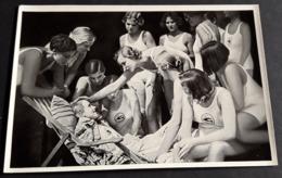 """KARIN HARDT Im Film """"Acht Mädels Im Boot"""" # Altes Sammelbild / Vintage Photo-Karte # [19-3894] - Fotos"""