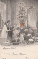 Joyeux Noêl. Enfants Devant Les Jouets . Carte Avec Brillants En Relief. Scan - Noël