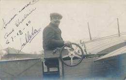 Pionnier Aviation A. WALLETON  - Texte Et Signature AUTOGRAPHE Sur  CP PHOTO Datée Du 7/12/10 - Aviation