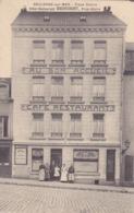 CPA 62 @ BOULOGNE SUR MER - Place Dalton - Hôtel Café Restaurant DACHICOURT , Au Bon Accueil - Boulogne Sur Mer