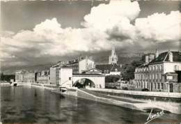 GRENOBLE DEPART DU TELEFERIQUE DE LA BASTILLE - Grenoble