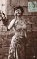 R.P.H DE 1907 SERIE 932/4 JEUNE  FEMME BUSTE DENUDE - Mujeres