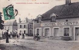 VARENNES       PLACE DU MARCHE.    HOTEL DU CENTRE. ATTELAGE DE CHIENS EN PP - France