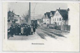 SUISSE . C Neuchatel . DOMBRESSON . Le Tramway Très Animé , Gare , édit : H Fehlmann Cernier  , Années 1900 , état Extra - NE Neuchatel