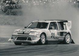 La Peugeot 205 T16 Ev.2 De Fréquelin Saison 1988 - Photos Format 18 X 13 Cm Env. - Cars