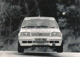 """La Peugeot 309 GTI De François Delecour  Christian Gilbert """"Ville De Grasse"""" Tour De Corse 1989 Photos Format 18 X 13 Cm - Cars"""