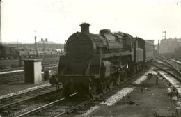 """5647 """"BR-C4-4-6-0 N° 75039 ALLA STAZIONE DI EDGE HILL-LIVERPOOL-4/7/1955""""ORIGINALE - Trains"""