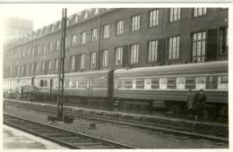 """5653 """"TRENO PASSEGGERI ALLA STAZIONE DI HELSINKI -1964""""ORIGINALE - Trains"""