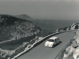 32eme Tour De Corse 1988 Citroën Ax Sport Laurent Poggi Et J.P. Chiaroni 1300 Cm3 Groupe A - Photo Format 24 X 18 Cm Env - Cars