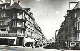 "/ CPSM FRANCE 61 ""Flers, La Rue De Messei"" - Flers"