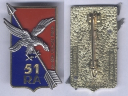 Insigne Du 51e Régiment D'Artillerie - En Relief - Esercito