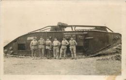 CAMP DE CHALONS -  Tank Allemand, Carte Photo En 1924. - Casernes